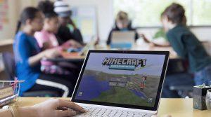 """""""minecraft""""; """"curso de férias""""; """"escola de inventor"""""""