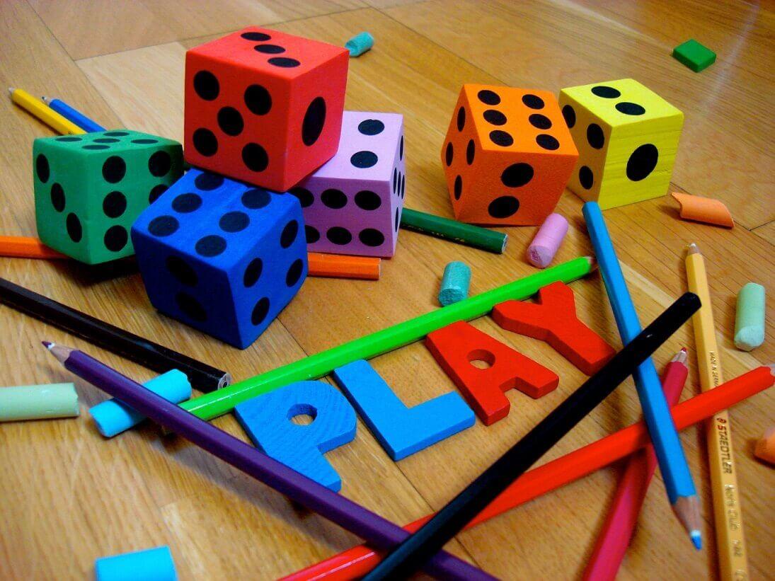 Consultoria Espaços Makers: Aprendizagem baseada em jogos, 7 motivos para usar jogos em sala de aula!