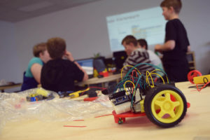 Consultoria Espaços Makers: Por que ensinar com métodos ativos de aprendizagem?