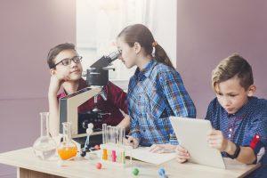 Espaço Maker: 3 passos para engajar nos trabalhos em grupo